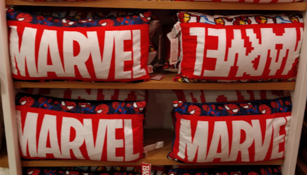 Marvel miniso cojines